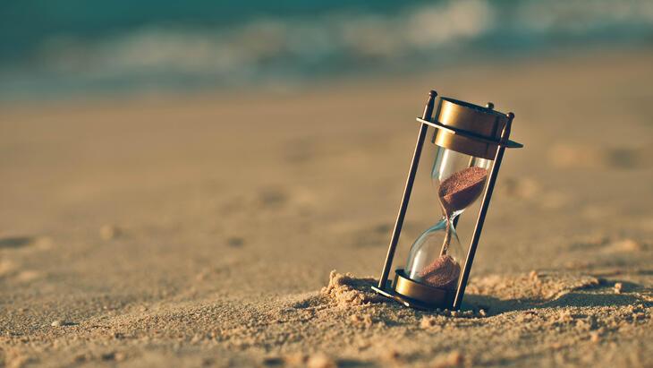 Timeglass på sandstrand